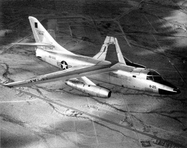 Douglas RB-66