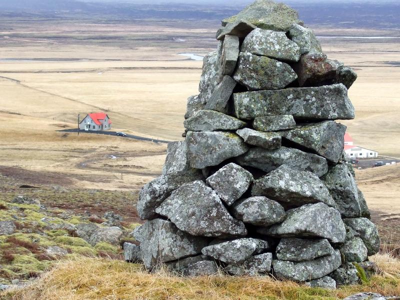 Varða á Djúpugrófarholti - Brúsastaðir neðar