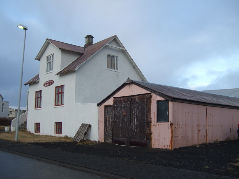 Þorvaldsstaðir
