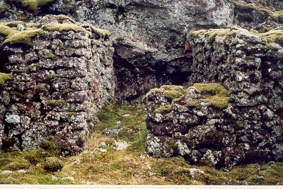 Vegavinnubyrgi við Grindavíkurveg