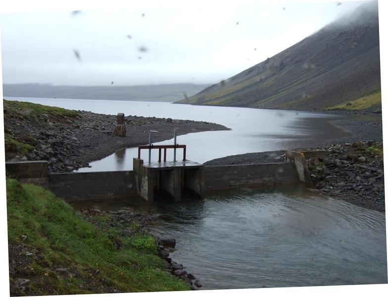 Stíflan - flugan er aðgangshörð