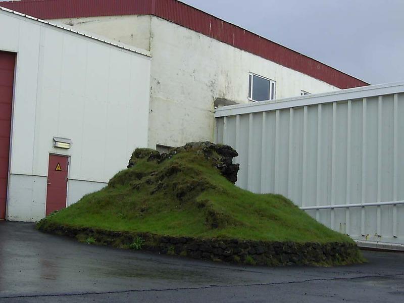 Álagahóll við fiskverkunarhús Þorbjarnar í Grindavík