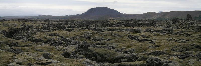 Bruninn - Undirhlíðar og Helgafell fjær