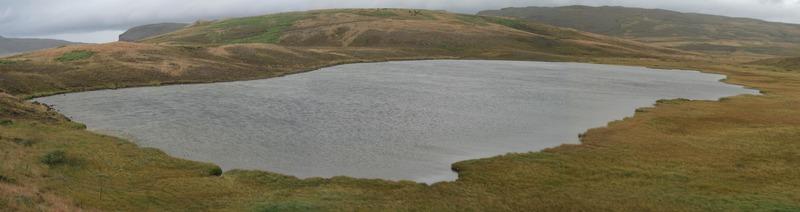Leirtjörn - Búrfell fjær