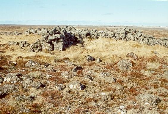 Stóri-Skjólgarður á Njarðvíkurheiði
