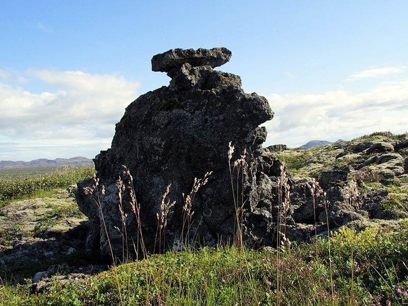 Ottarsstadir-Lonakot-landamerki