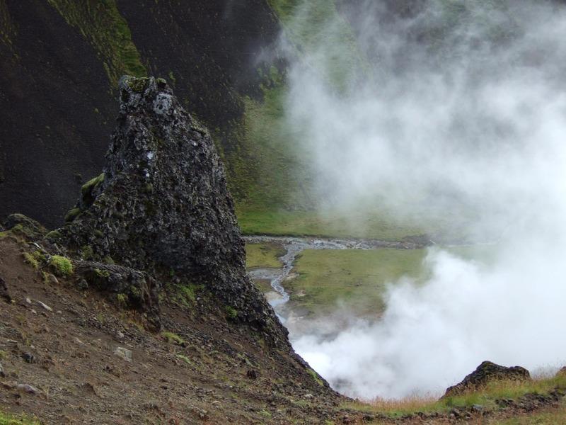 Komið niður í Reykjadal við Klambragil