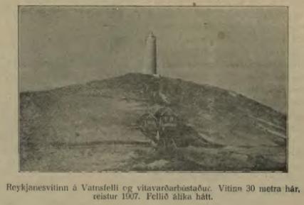 Nýi vitinn og gamla vitavarðahúsið