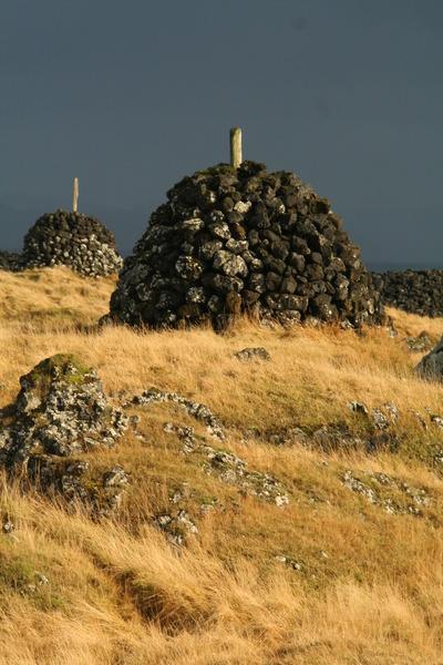 Innsiglingamerki við Þórshamar - skammt frá reykhúsinu (mynd af því mun birtast hér innan skamms)